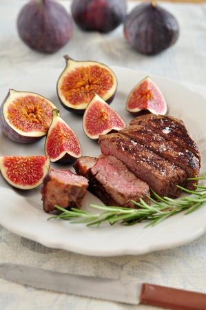 Grilled Steak with figs photo