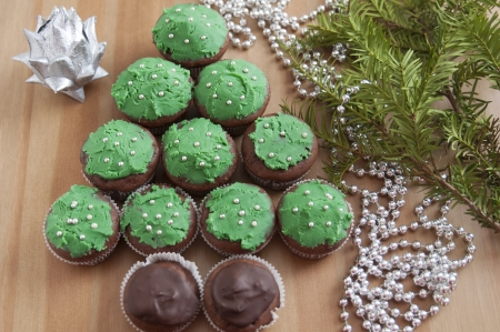 Christmas Tree Cupcakes photo