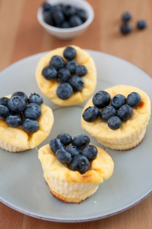 sel: Cheesecake Muffins with blueberries Stock Photo