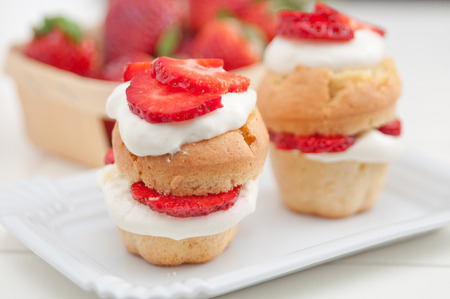 shortcake: Strawberry Shortcake Muffins