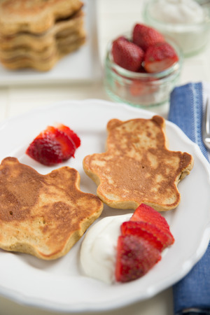 close p: Pancakes in the shape of a bear