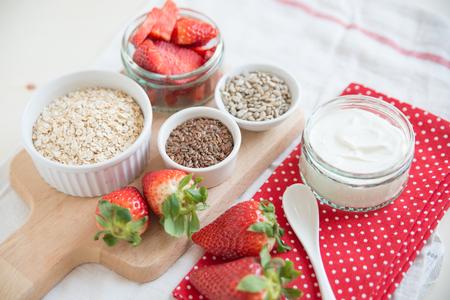 lactic: granola