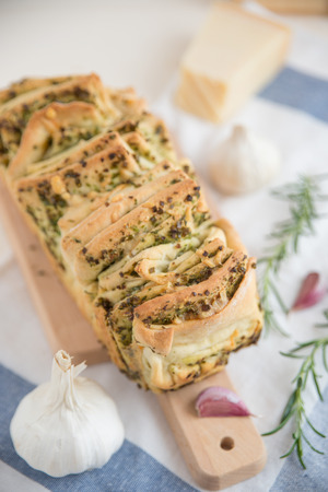 cooking implement: Pull apart bread