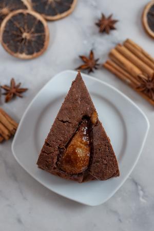 Chocolate cake Standard-Bild - 111901546