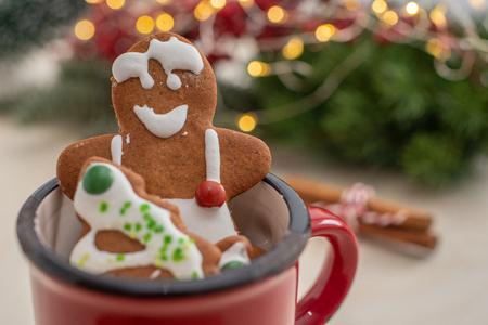 gingerbread Christmas cookies Standard-Bild - 113103716