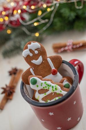 gingerbread Christmas cookies Standard-Bild - 113104028