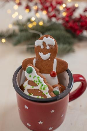 gingerbread Christmas cookies Standard-Bild - 113104038