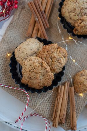 Oatmeal christmas cookies Standard-Bild - 113104048