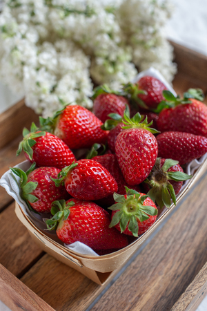 Loosely put the strawberries in different positions 스톡 콘텐츠