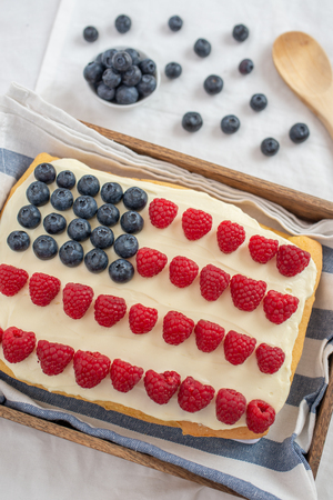 USA Flag Cake, 4th of July Patriotic Dessert