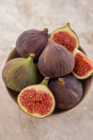 Whole figs and sliced in half figs Stock fotó