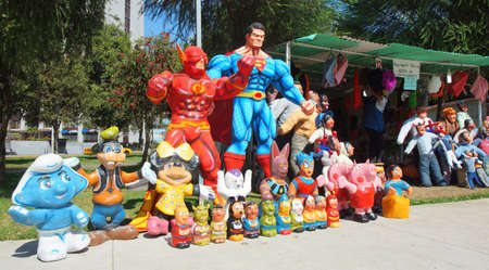 dummies: Quito, Pichincha  Ecuador - December 31 2016: Popular sale of dummies made of newsprint to celebrate the new year in La Carolina Park in the north area of the city. Traditional habit in Quito