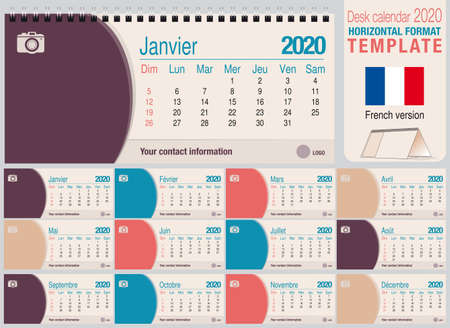 Useful desk triangle calendar 2020 template, with space to place a photo. Size: 22 cm x 10 cm. Format horizontal - French version. Vector image Ilustração
