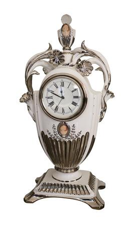 mantel: Porcelain mensola orologio del 19 � secolo - � isolato su bianco Archivio Fotografico