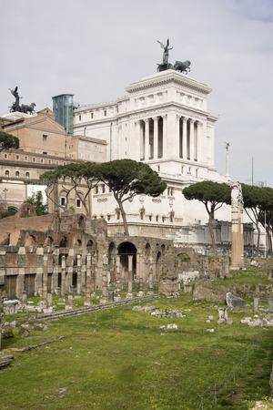 vie sociale: Forum romain. Ici il y avait la vie sociale de la ville. Rome. Ital