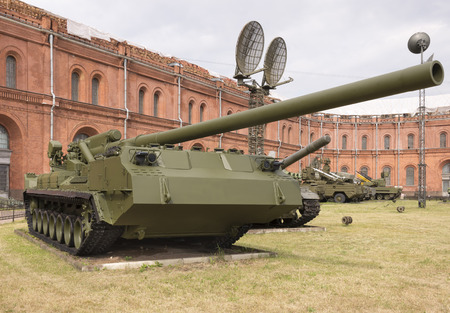 pion: RUSSIA; SAINT-PETERSBURG - JULY 8 -  The record powerful artillery in the world of self-propelled 2S7 Pion,mod.1975 ( 203 mm) in military history museum  on July 8; 2015 in St. Petersburg