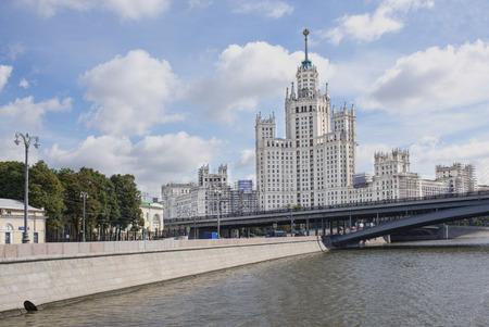 kotelnicheskaya embankment: Kotelnicheskaya Embankment: House 115.Great Bridge Ustyinsky.Moskvoretskaya embankment