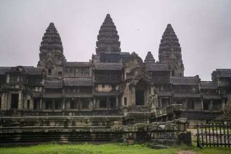 Angkor Wat is the largest temple in the world, it rains in the rainy season Reklamní fotografie