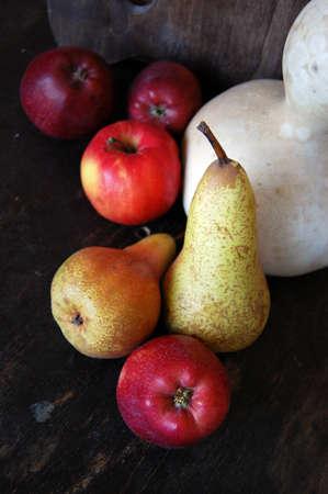 Paire, Apple et d'autres fruits à poster des photos de style rétro Banque d'images - 26046999