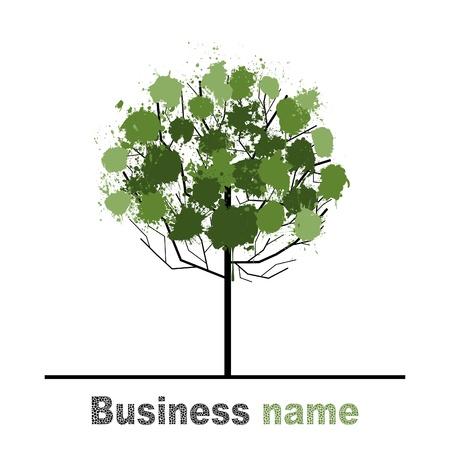 Baum mit einer Krone aus grünen Flecken