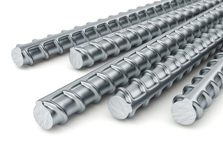 rejas de hierro: Barras de refuerzo aislados sobre fondo blanco