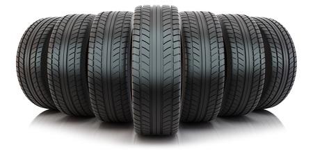 Gruppe von Reifen isoliert auf weißem Hintergrund Standard-Bild