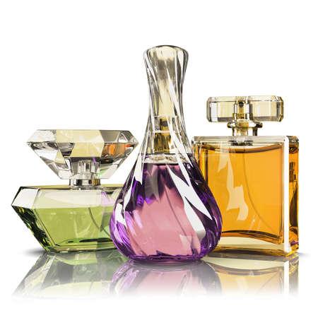 botella: Botella de perfume de grupo aislado en el fondo blanco Foto de archivo
