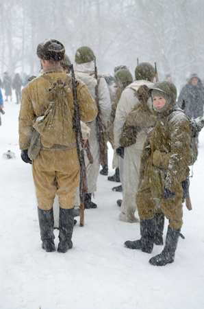 hardship: 23.02.2016.Saint-Petersburg.Soldiers carry military service in the harshest of weather. Editorial