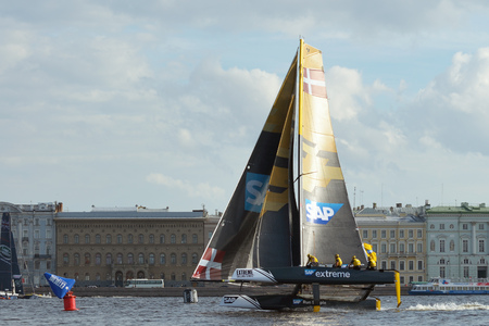 rushes: 02.09.2016.Russia.Saint-Petersburg.On a sharp turn at high speed,the boat rushes to the finish line.