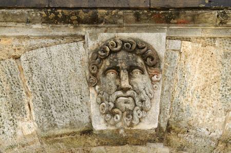 greek mythology: The heroes of the Greek mythology made in stone adorn the bridge.