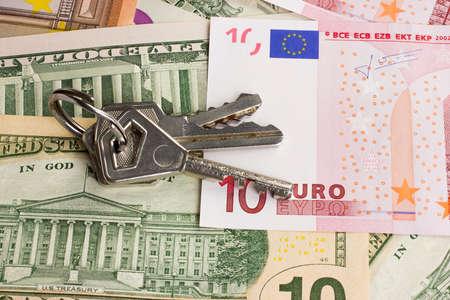 10 key: Keys and money EPO dollars placer Stock Photo