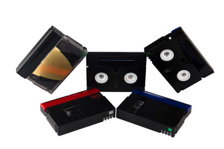 videocassette: Cinta de vídeo de las cámaras de vídeo aislado en el fondo blanco Foto de archivo