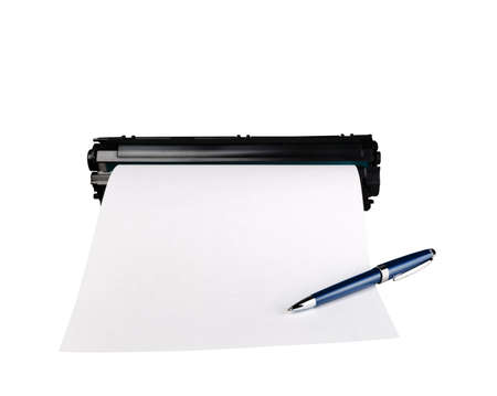 Pen on sheet of paper and cartridge, isolated on white background. 版權商用圖片 - 96881563
