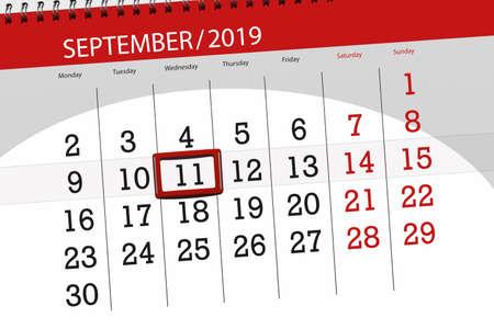 Calendar planner for the month september 2019, deadline day, 11, wednesday. Zdjęcie Seryjne - 129304811
