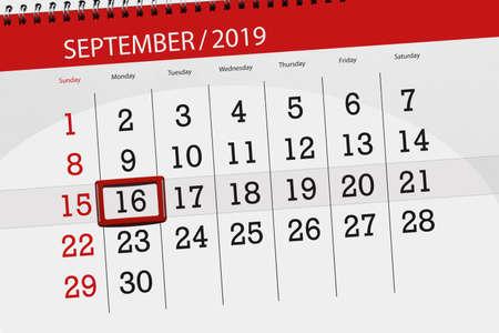 Calendar planner for the month september 2019, deadline day, 16, monday. Zdjęcie Seryjne - 129303627