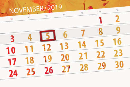 Calendar planner for the month november 2019, deadline day, 5, tuesday. Zdjęcie Seryjne