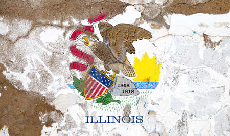 Illinois grunge, damaged, scratch, old style state flag on wall. Foto de archivo - 130757949