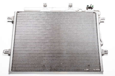 Radiator cooling process: The cooler takes heat energy from the heated engine by pumps, where it is cooled and returned to the engine. Aluminum barrel with spiral tubes.