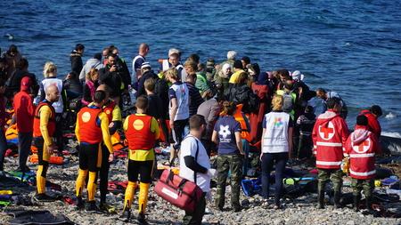 Legen Sie die neu eingetroffenen Boot aus der Türkei