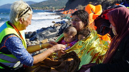 Flüchtlinge aus neu angekommenen boatsat