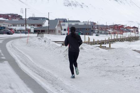 Jogging in Longyearbyen, Spitzbergen Svalbard. Norwegen