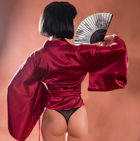 Sexy red ass