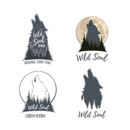 Set of four wolf howling on the moon in the forest. Templates isolated on white. Vector illustration. Vettoriali
