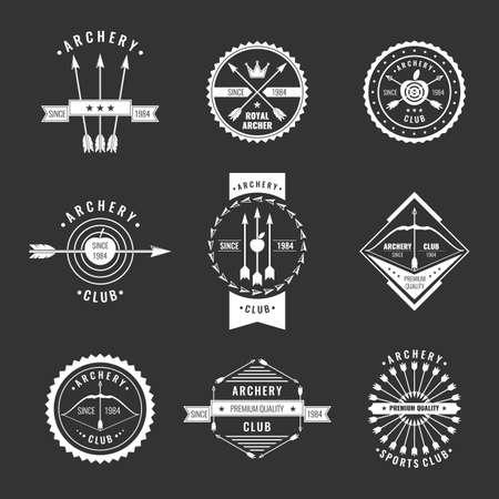 Conjunto. Tiro con arco colección etiqueta club. Logotipo y elementos de diseño. Vectores