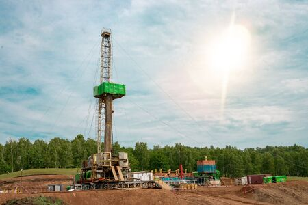 Drilling rig in oil field for drilled into subsurface in order to produced crude, inside view. Petroleum Industry. Onshore drilling rig. Standard-Bild - 133610549