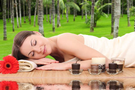 woman relaxing in a spa Stock Photo - 25987882