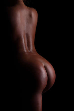mujeres negras desnudas: mujeres desnudas de espalda y gl�teos.