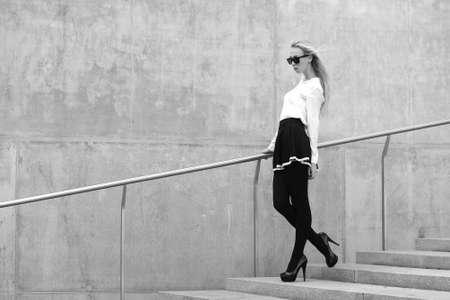 Fashion model on the street 스톡 콘텐츠