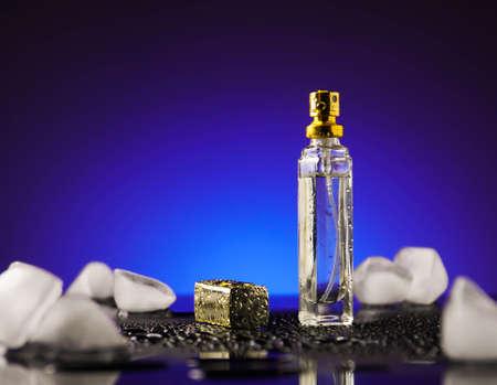 perfume, spark, cosmetic, aroma fashion fresh drops splash movement Imagens - 101174609