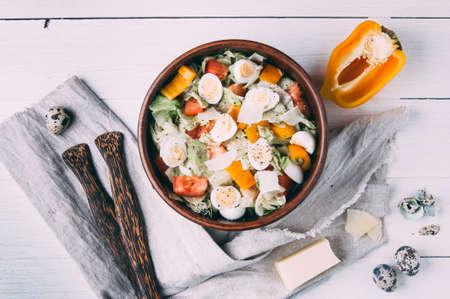 메 추 라 기 계란 샐러드입니다. 가벼운 스타일
